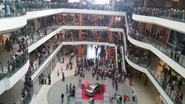 Mall_inside_view_on_a_busy_day