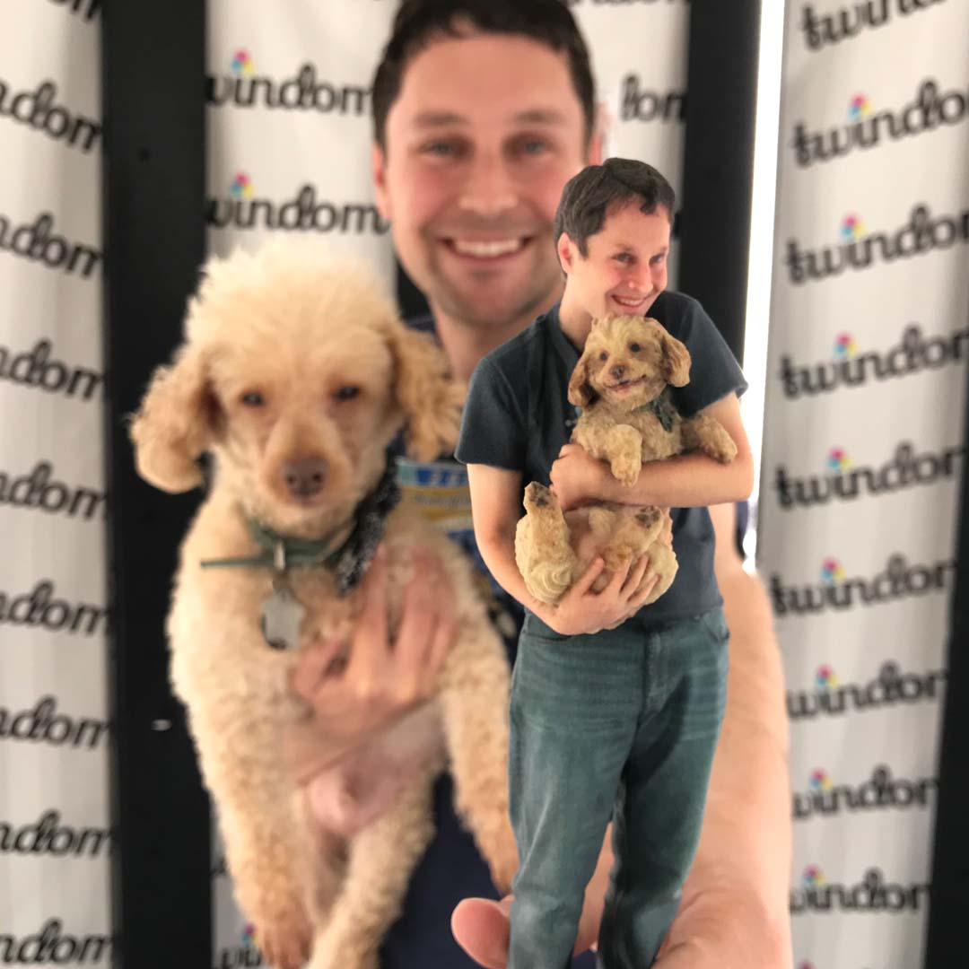 3d selfie of dog and owner Twindom